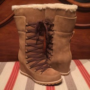 Ugg Mason Wedge Laceup Chestnut WP Boot